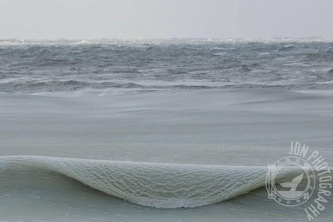 onde-ghiacciate-a-Nantucket-03