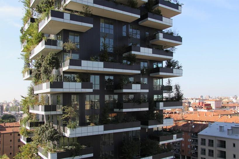 bosco-verticale-vertical-forest-stefano-boeri-studio-milan-designboom-03-818x545