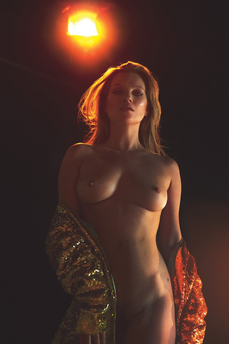 kate-moss-nude-w-magazine-march-2017-02-800x1200