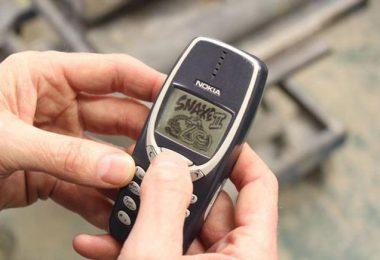 nokia-3310-survived-a-war-and-washing-machine1-1486707593
