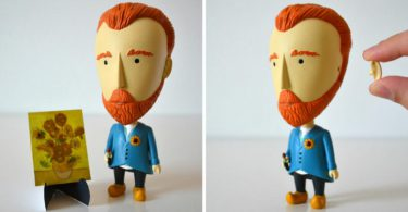 theres-now-a-van-gogh-action-figure-with-a-detachable-ear-805x427