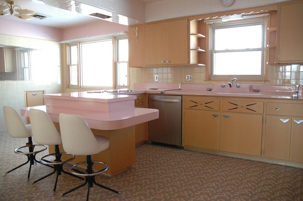 Una cucina degli anni \'50 perfettamente funzionante   Darlin ...