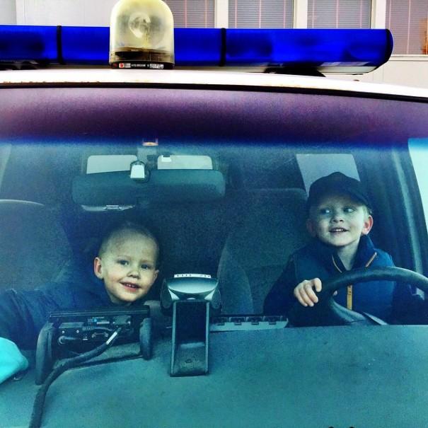 instagram-police-islanda14