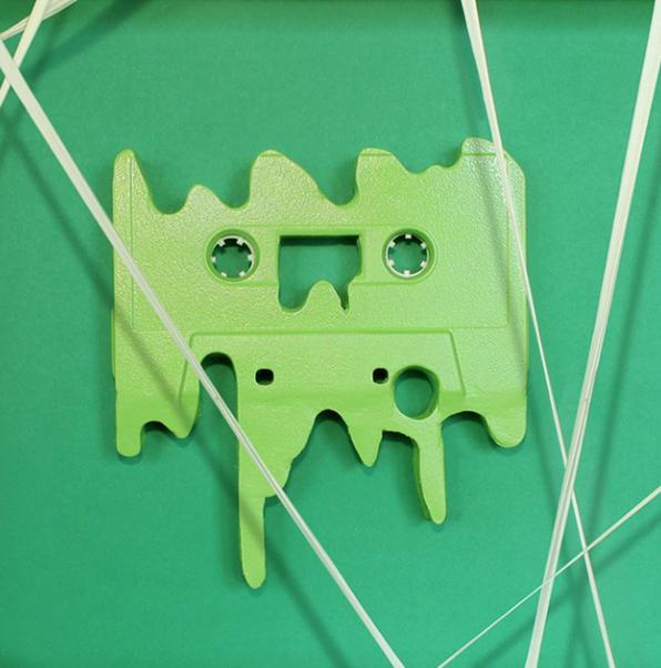 benoitjammes-cassette-chewing