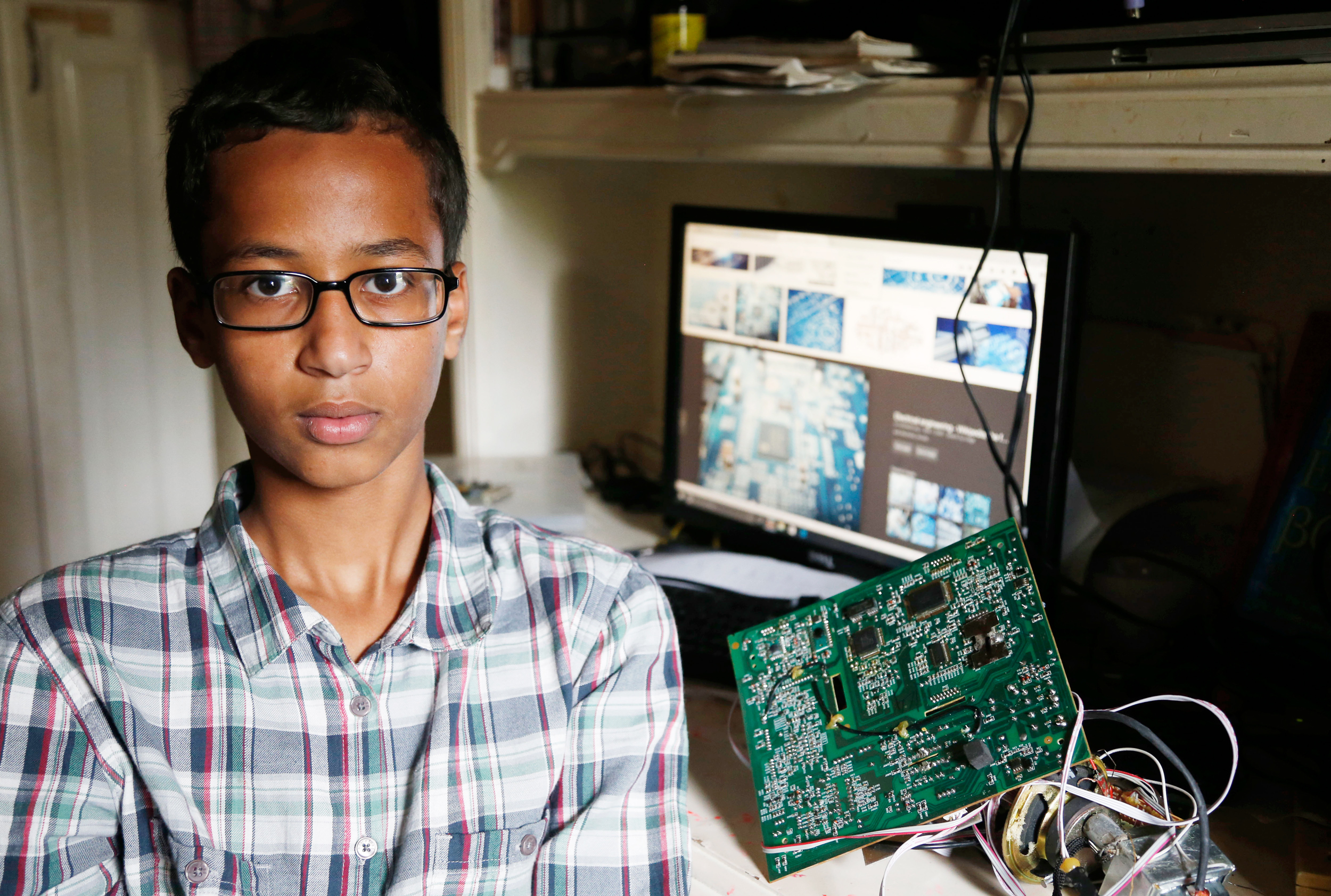 ahmed-mohamed-featured