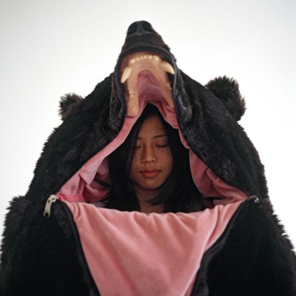 bear-sleeping-bag-eiko-ishizawa-7