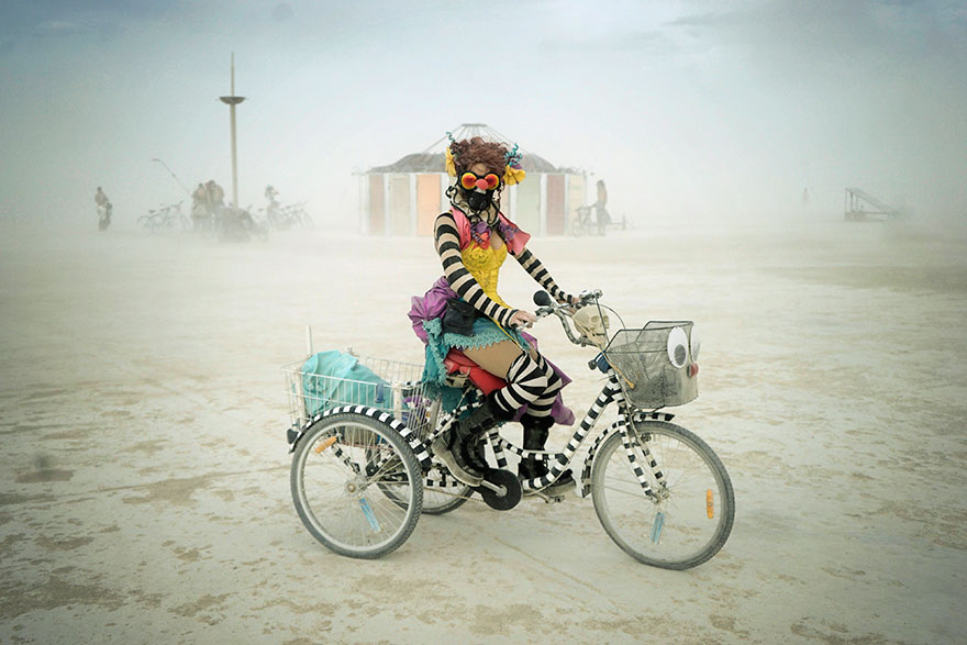 burning-man-festival-photography-victor-habchy-nevada-28