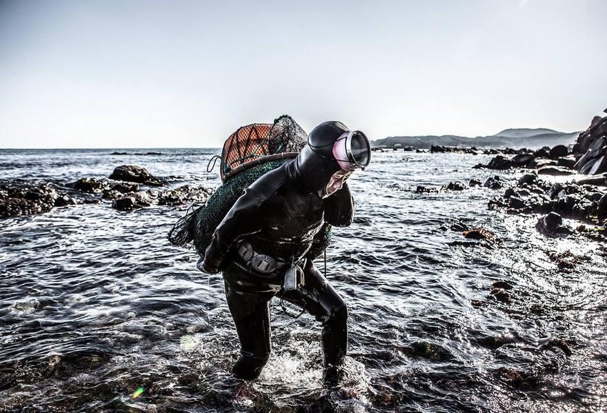 last-generation-women-mermaids-sea-diving-mijoo-kim-korea-011