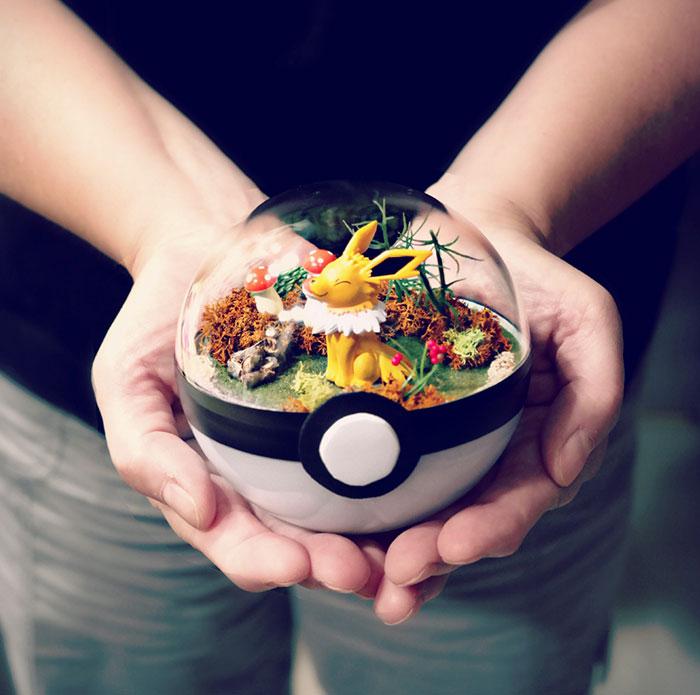 poke-ball-terrarium-pokemon-the-vintage-realm-3-57f3a8280cd2a__700
