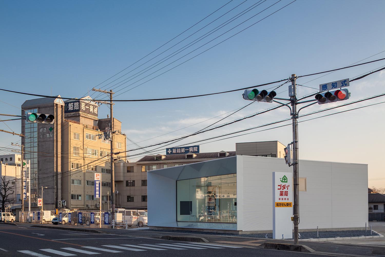 ktx-archilab-pharmacy-japan-02