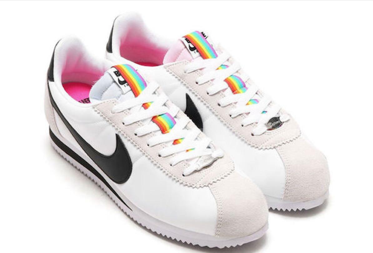 Il Linea Mese Lancia Per Inserti Una Di Con Scarpe Arcobaleno Nike qSzOw