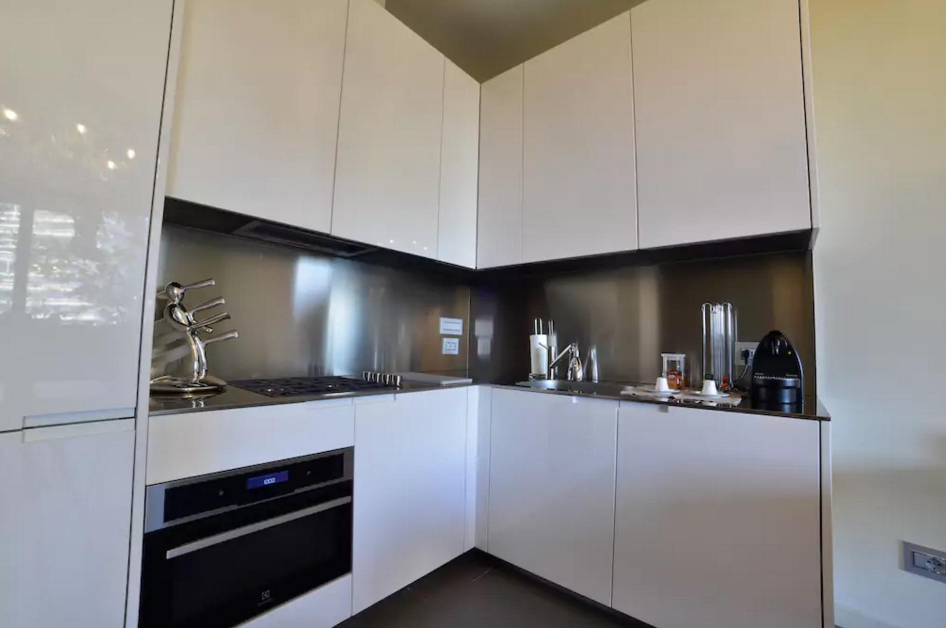 Un Appartamento Nel Bosco Verticale Di Milano E In Affitto Su Airbnb