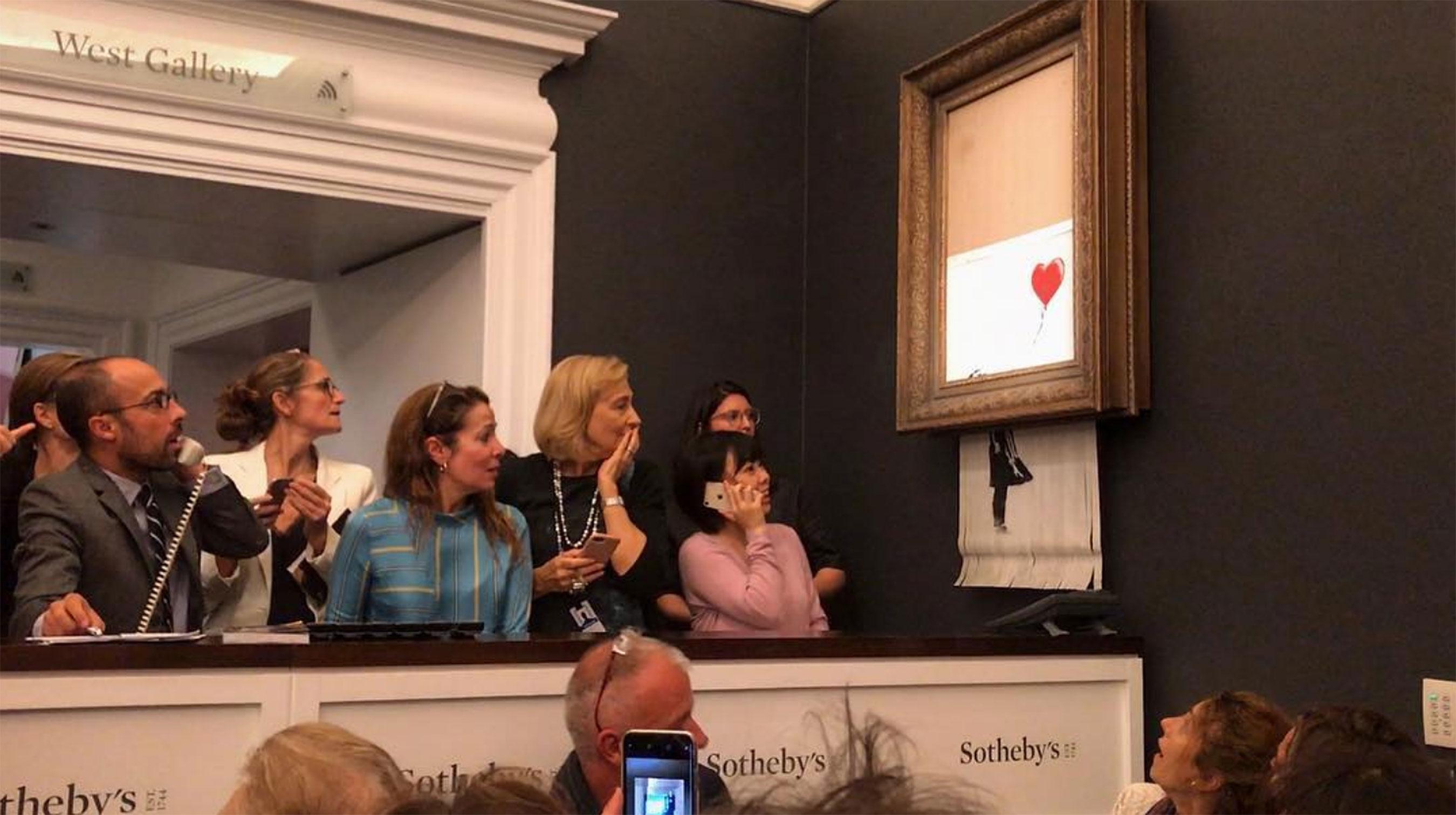 Banksy e l'opera distrutta all'asta: sui social posta il retroscena - Multimedia, Cultura