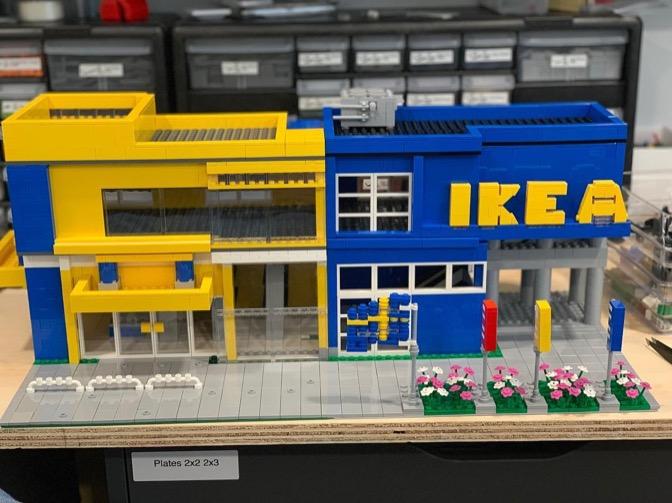Arriva la linea di mobili Ikea fatta insieme a Lego