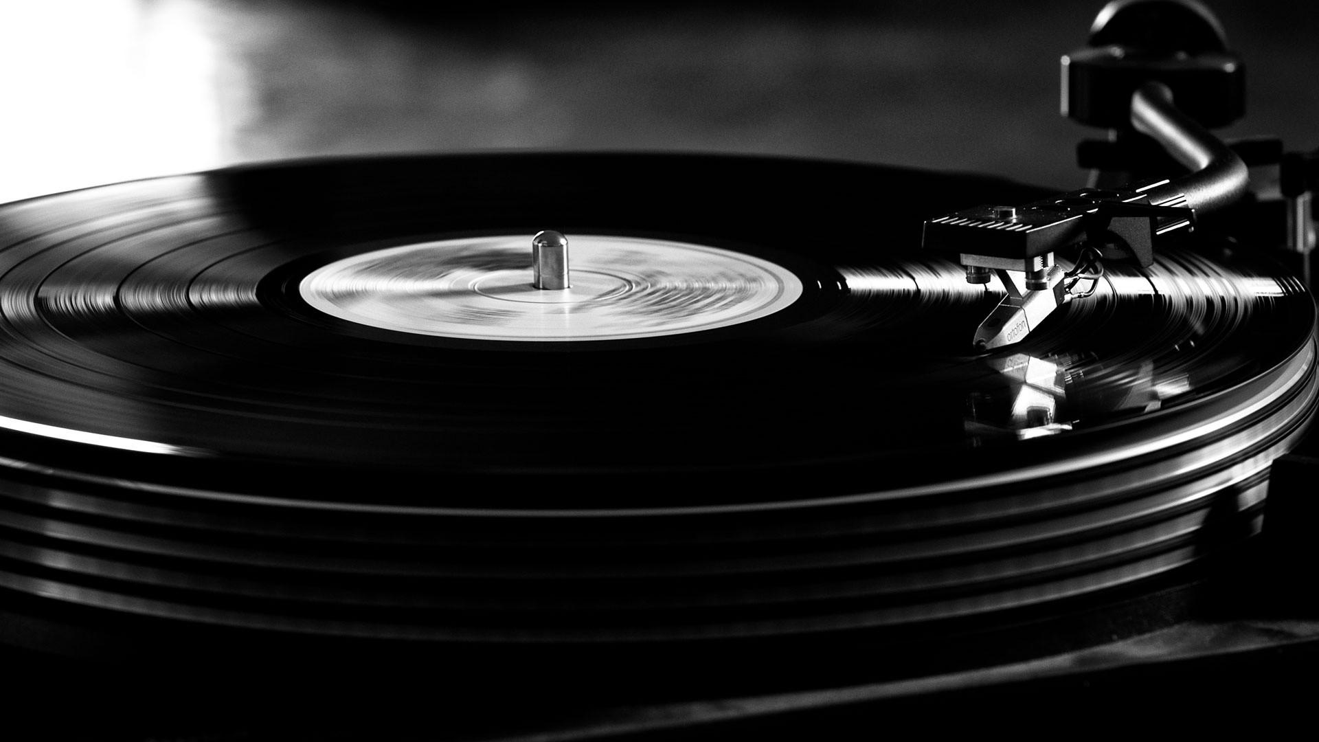 La giovane vecchiaia dei dischi in vinile