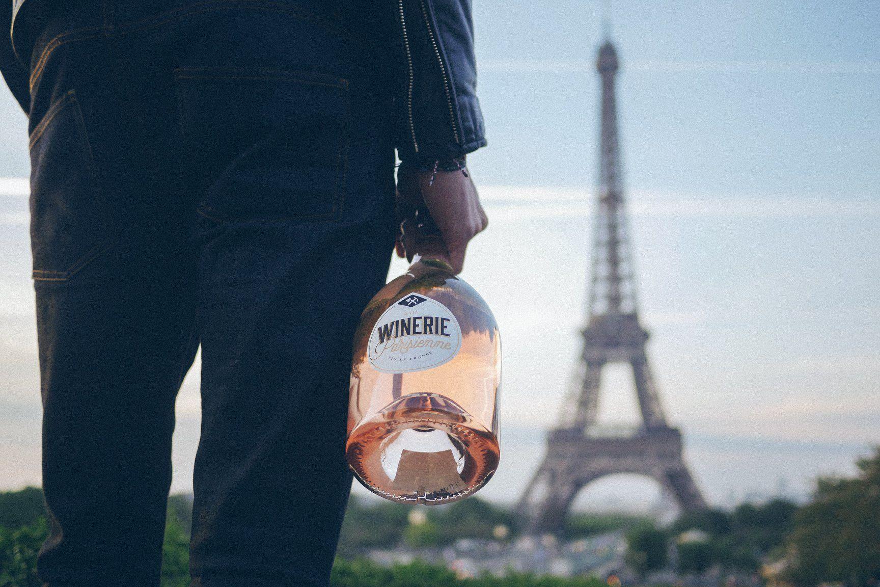 E' uscito il vino prodotto sulla Torre Eiffel